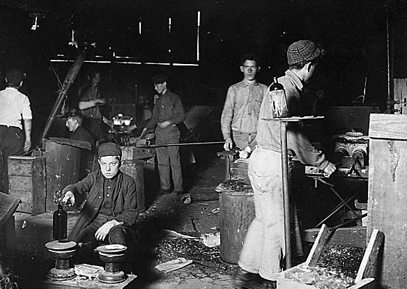 Child workers at Wheaton Glass Works, November 1909