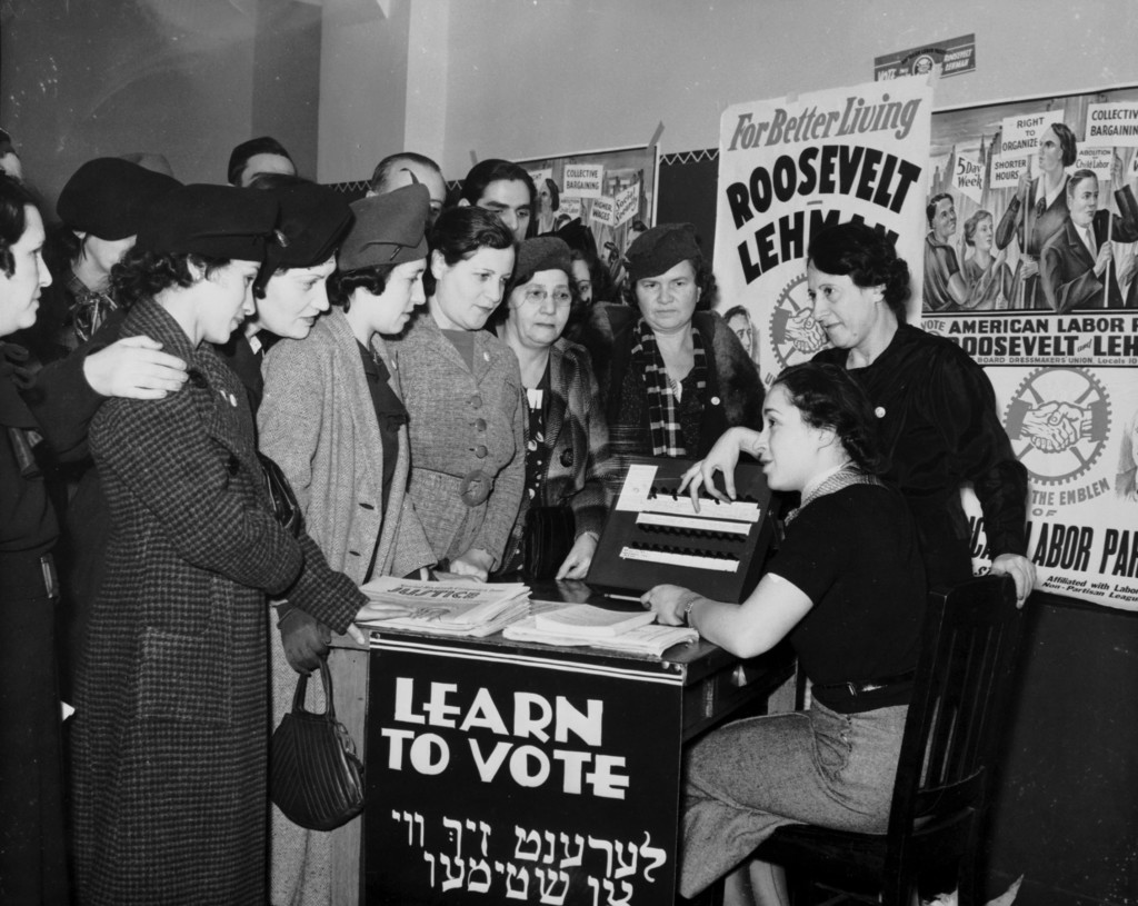 1935 Woman's Groups encouraging women to vote.