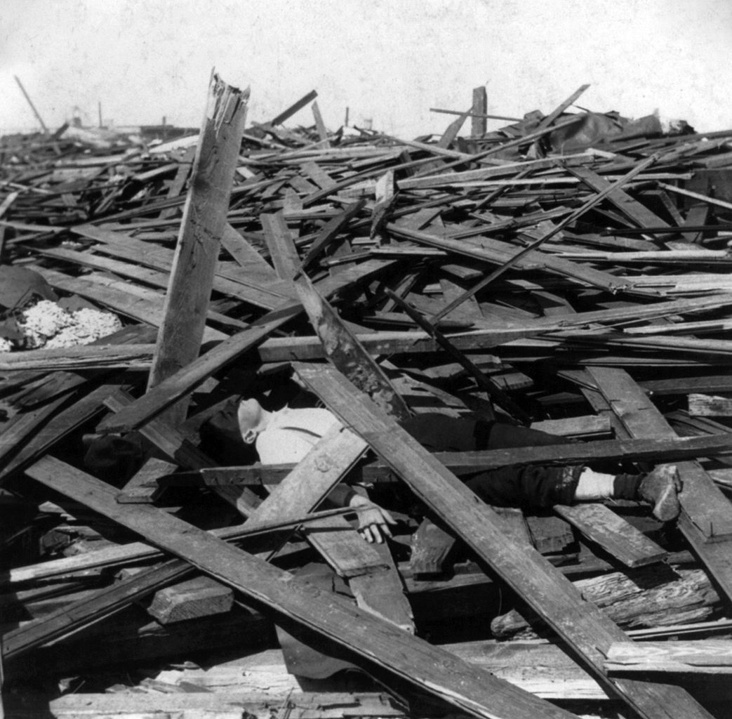 Galveston, Texas -1900, the aftermath - body is visible in the ruins