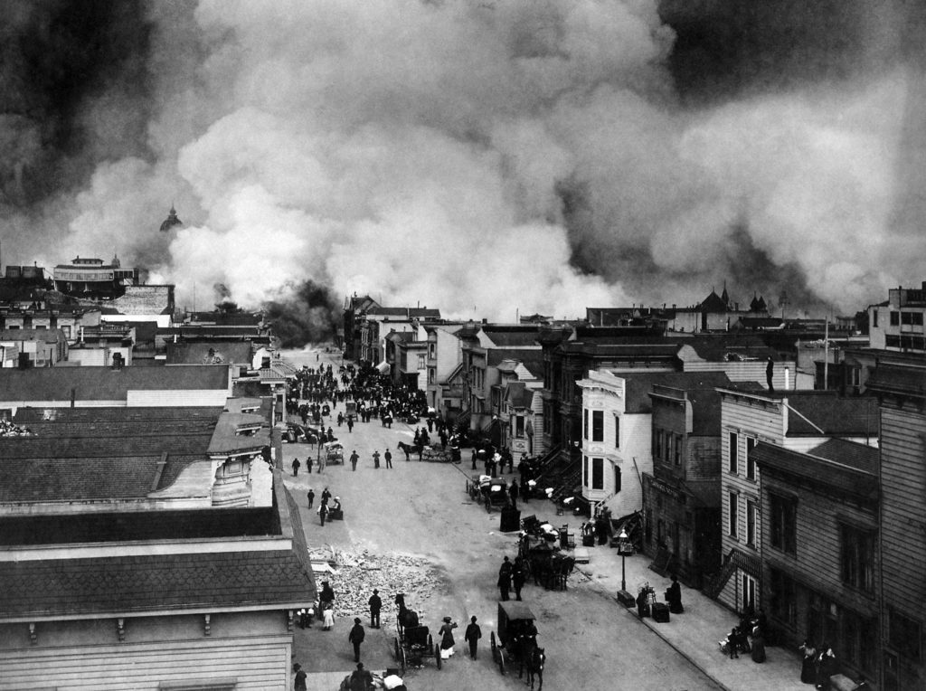 San Francisco Earthquake 1906, fires have already begun to burn the city